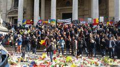 Des hooligans perturbent le rassemblement pacifique Place de la Bourse