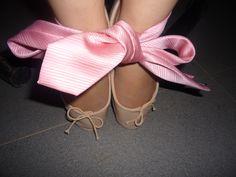 Tied up Pink Ballet Shoes, Ballerina Flats, Ballet Flats, Street, Celebrities, How To Wear, Accessories, Fashion, Pink Ballet Flats