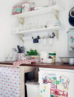 keittio_2_400 Cottage, Shelves, Kitchen, Table, Furniture, Home Decor, Egg, Shelving, Cooking