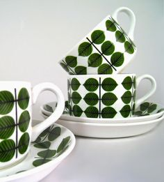 "Stig Lindberg, Gustavsberg, Tableware - Giant cup ""Berså"" / Sweden"