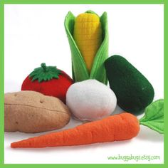 Charmingly fun felt food vegetables. #felt #crafts #food #felt_food #DIY #cute #kawaii