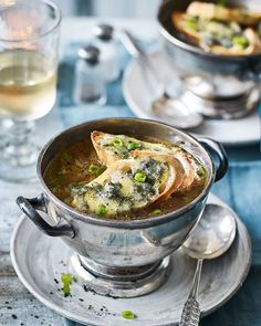 An updated version of a classic recipe, this three-onion soup with rich stilton croutons makes both a decadent and crowd-pleasing starter. Onion Gravy, Onion Soup, Crouton Recipes, Soup Appetizers, Good Food, Yummy Food, Delicious Magazine, Home Recipes, Fresh Vegetables