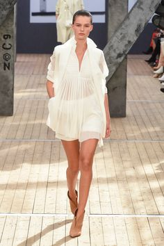Akris Spring 2019 Ready-to-Wear Collection - Vogue