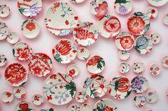 design-dautore.com: Le installazioni di piatti di Molly Hatch #tiles #interior