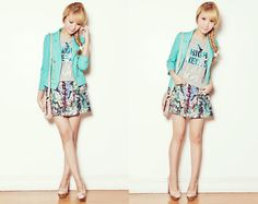 Love the clash in this outfit --   Dressy Skirt      +  Average t-shirt      +  AMAZING shoes & blazer      =    PERFECTION