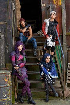 Me, Cameron Boyce, Booboo Stewart, Sofia Carson