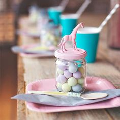 This pastel animal-topped party favor would be so great for a kid's birthday party.