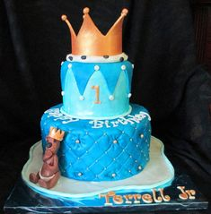 Baby Boy First Birthday Crown For A King Fondant Cake with Gumpaste Baby Bear main view