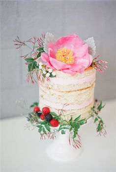 - 35 Most Stunning Flowery Wedding Cakes for a Dream Wedding - EverAfterGuide