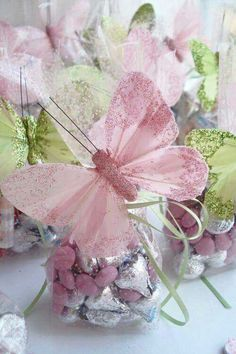 Butterfly Favors Beautiful favor ideas for a Spring/Summer tea party. The gift doesn't always have to be tea. One of these at each place setting would look amazing. Butterfly Party Favors, Butterfly Birthday Party, Butterfly Baby Shower, Butterfly Kisses, Pink Butterfly, Butterflies, Butterfly Table Decorations, Butterfly Centerpieces, Fairy Party Favors