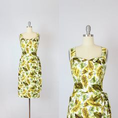 Vintage 50er Jahre Kleid in Hawaiian Sarong / von archetypevintage