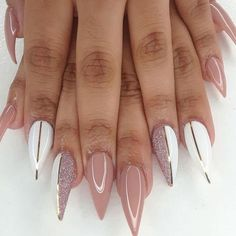 The trend of nail design is popular among most women and young girls. Flashing nail art design has become people's favorite. Almost every girl likes glitter on her nails. The glitter nail polish gave the nails light, which will attract many people. Stiletto Nail Art, Nude Nails, Coffin Nails, Stiletto Nail Designs, Matte Nails, Short Stiletto Nails, Glitter Nail Designs, Acrylic Nail Art, Black Nails
