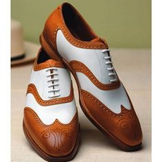 ADJUSTABLE COSTUME: Oxford spectator dress shoes !!