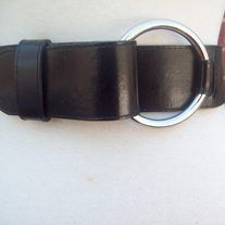 """Vintage 90's Designer Newport News Solid Black Wide Leather Metal Circle Buckle Boho Wrap Belt  Designer: Newport News Material: Leather Marked Size: Medium; will fit waist up to 30""""; width 2"""" Condition: Great Vintage Condition   Additional Belt Straps in Various Colors are available upon req..."""