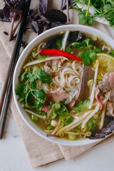 Pho (Vietnamese Beef Noodle Soup), by thewoksoflife Beef Noodle Soup, Beef And Noodles, Rice Noodle Soups, Udon Noodles, Ramen Noodle, Asian Recipes, Healthy Recipes, Ethnic Recipes, Asian Foods