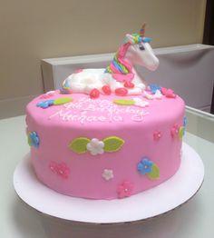 Unicorn Cake #unicorncake #cake #mycreativecake #fondantcake #customcake #specialtycake #birthdaycake #birthday #pinkcake #girlscake #coolcake #beautifulcake #amazingcake #ponycake #unicorn