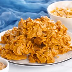 These Butterscotch Cornflake Cookies are made with just three ingredients: peanut butter, butterscotch, and frosted flakes. They're no-bake too which makes them the perfect easy dessert! Cookie Caramel, Butterscotch Cookies, Chocolate Chip Cookies, Peanut Cookies, Chocolate Ganache, Candy Recipes, Baking Recipes, Cookie Recipes, Dessert Recipes