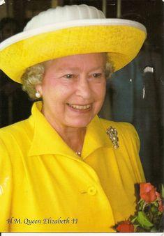 queen elizabeth in yellow hats Elizabeth Queen Of England, Queen Elizabeth Ii, Queen And Prince Phillip, Prince Philip, Queen Hat, Diana, Royal Queen, Isabel Ii, Her Majesty The Queen