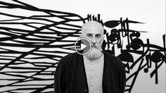 """رضا عابدینی متولد سال ۱۳۴۶ در تهران و فارغ التحصیل رشته طراحی گرافیک از مدرسه هنرهای تجسمی و لیسانس هنر در رشته نقاشی از دانشگاه هنر تهران است. عابدینی نام شناختهشدهای در طراحی گرافیک جهان است که در لاههی هلند زندگی میکند، نامش نیز به عنوان اولین طراح ایرانی در کتاب طراحی گرافیک """"مگز"""" ثبت شده است و در این سالها در فرانسه، هلند، ترکیه، لبنان و قطر مشغول به تدریس بودهاست."""