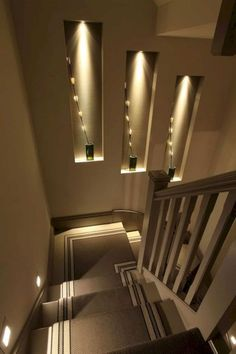Browse a lot of photos of Stairway Lighting. Find ideas and inspiration for Stairway Lighting to add to your own home. Home Stairs Design, Home Room Design, Modern House Design, Home Interior Design, Interior Decorating, Stairway Decorating, House Ceiling Design, Stairs Light Design, Interior Shop