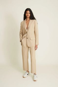 Fall Outfits For Work, Fall Fashion Outfits, Fashion Pants, Fashion Show, Vogue Paris, Spring Summer Fashion, Autumn Winter Fashion, High Class Fashion, Costume