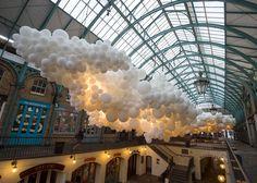 Charles Pétillon fills Covent Garden market with white balloons