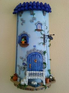 Silvia Solchaga's media content and analytics Polymer Clay Projects, Polymer Clay Creations, Polymer Clay Art, Clay Crafts, Diy And Crafts, Fimo Clay, Clay Houses, Ceramic Houses, Clay Fairy House