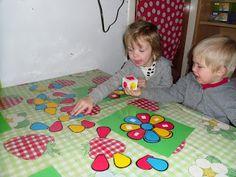 thema bloemen - Google zoeken Kindergarten Literacy, Preschool, Spring Theme, Spring Blossom, Working With Children, Matching Games, Educational Toys, Early Childhood, Activities For Kids