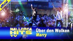 Marry – Über den Wolken – live bei der Seepark 6 Mallorca Schlagerparty in Pfullendorf. Marry hat mit Ihrem Auftritt und ihren 2 Tänzern das Zelt mal wieder zum kochen gebracht. Auch im Bierkönig Mallorca tritt sie regelmäßig auf.  http://mallorcahitstv.de/2014/07/marry-ueber-den-wolken-seepark6/