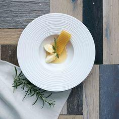 Assiette en porcelaine blanche aile striée Mood Asa
