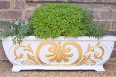 How to Gold Leaf Concrete Planters or gold paint Concrete Design, Concrete Planters, Diy Planters, Diy Concrete, Planter Pots, Outside Planters, Outside Decorations, Diy Garden Decor, Garden Ideas