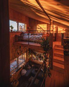 Farmer and Filmmaker's Off-Grid Cabin Life, Canadian Castaway Cabin