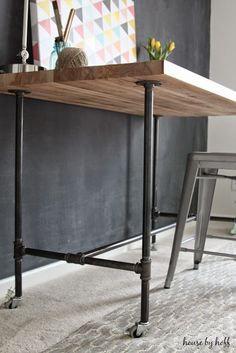 DIY Piping Table via House by Hoff Pipe Furniture, Industrial Furniture, Furniture Projects, Home Projects, Industrial Desk, Industrial Living, Furniture Stores, Vintage Industrial, Cheap Furniture