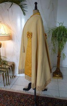 1880s wool cape, antique dress, antique gown, robe ancienne, antikes Kleid