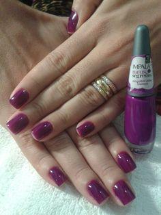 roxo lindo! ninguém sabe da Impala, amei! #unhasdasemana #unhas #manicure www.blogdakris.com