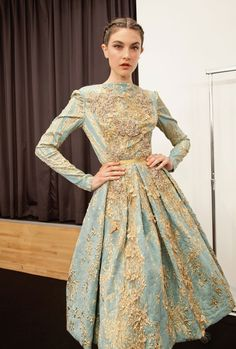 Elie Saab always has the best couture. Elie Saab couture f/w 12 Look Fashion, High Fashion, Fashion Design, Beautiful Gowns, Beautiful Outfits, Couture Fashion, Runway Fashion, Ellie Saab, Elie Saab Couture