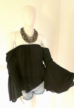 #bardot #offshoulder #offshouldertop #colombiandesigner #colombia #fashiontrends #black #necklace Black Necklace, Off Shoulder Tops, Summer Trends, Bardot, Boho, Fashion Trends, Design, Women, Colombia
