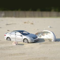 #Go swanning off to #Bigumdo with #Grandeur (#Azera) #diecast  따뜻하고 포근한 날씨, #그랜저 #다이캐스트 와 함께 #비금도 로 떠나요  #Hyundai #Motor #car #toy #sand #beach #Korea #shell #travelling #photo #instadaily #현대자동차 #장난감 #모래사장 #해변가 #여행 #일상 #데일리 #자동차그램 #자동차 #소소잼