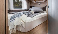 SKY TI 650 MF Interieur französisches Bett