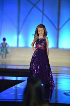Been seeing a lot of pageants recently with fun fashion or fashion