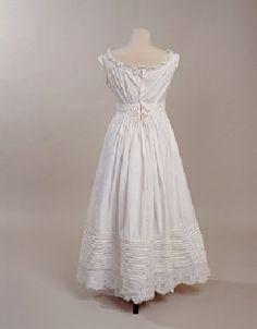 1828-35 White Cotton Petticoat. Back. manchestergalleries.org