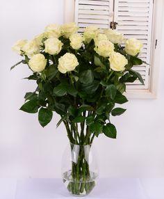 Beautiful white roses #whiteroses #flowersdelivery #beautifulflowers #kvetyexpres #Slovakia Flower Delivery, White Roses, Beautiful Flowers, Glass Vase, Home Decor, Decoration Home, Room Decor, Home Interior Design, Home Decoration
