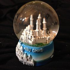 Snow Globe of Abu Dhabi, Water Globes, Snow Globes, World Weather, Abu Dhabi, Paper Weights, Miniatures, Music Boxes, United Arab Emirates, Ornaments