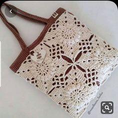 No photo description available. Crochet Art, Crochet Toys, Crochet Designs, Crochet Patterns, Crochet Hair Styles, Crochet Braids, Crochet Purses, Knitted Bags, Beautiful Bags