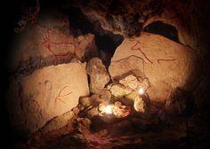 Cueva Sopeña, Valles Pasiegos #Cantabria #Spain #Travel #Caves Underworld, Spain Travel, Anthropology, Rock Art, Bucket, Europe, Caves, Wall Paintings, Tourism