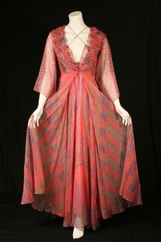 Old Fashion Dress 1890 | vintage Designer clothing at HeavenofGowns 30241 Valentino Ball Gown ...