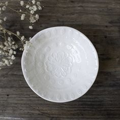 These petite white embossed stoneware bowls are perfect for serving snacks or acting as a jewelry dish. Shabby Chic Sofa, Simply Shabby Chic, Shabby Chic Furniture, Jewelry Dish, Sectional Sofa, Slipcovers, Stoneware, Decorative Plates, Tableware