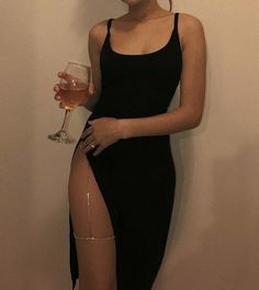 Night Out Style, hot going on a date pursuing every girl! When taking on more style ideas, visit them now. night out style i like Mode Outfits, Fashion Outfits, Womens Fashion, Fashion Fashion, Prom Outfits, Fashion Clothes, Baddie Outfits Party, Fashion Ideas, Summer Outfits