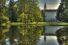 Kromeriz in Moravia, Czech Republic The Beautiful Country, Beautiful Places, Great Places, Places To Go, Exotic Beaches, Old Churches, Europe Photos, European Countries, Central Europe