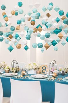 Mid-Century Geometric Wedding Inspiration - photo by Hayley Rae Photography http://ruffledblog.com/mid-century-geometric-wedding-inspiration | Ruffled
